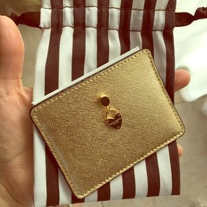 Henri bendel card case new with tags